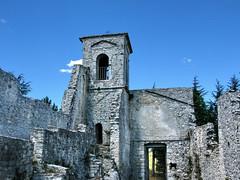 """""""Castello a Castiglione di Carovilli """" (Ayoli2009) Tags: italia molise flickrsfriends canonpowershotg9 yourcountry castiglionedicarovilliis castelloacastiglionedicarovilli"""