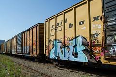 MC (Don't Sink) Tags: old graffiti ol phone south dirty mc dos mayhem hunt lyes rbox hersey railbox benching mcult