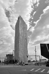 Diagonal Zero Zero (fdadou) Tags: barcelona building architecture clouds noir tour diagonal nuages blanc telefonica barcelone skyscrapper catalogne