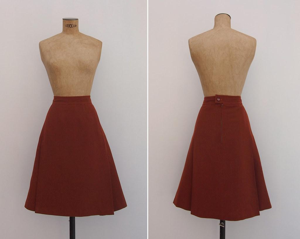 baf1c43af40 Chestnut Skirt - Vintage 1960s Rust Wool Skirt - 60s Plain Minimalist  Pleated Auburn Brick Red