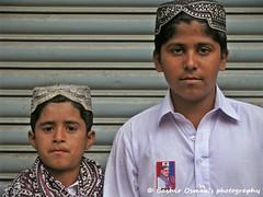 KIDZ (Bashir Osman) Tags: pakistan portrait kids bambini kinder niños enfants karachi sindh paquistão topi باكستان дети kidsportrait bashir 巴基斯坦 balochistan çocuklar پاکستان παιδιά travelpakistan 파키스탄 kinders ajrak baluchistan pakistán کراچی indusvalleycivilization パキスタン الاطفال pakistanichildren childrenofpakistan pakistanikids sindhitopi пакистан карачи bashirosman gettyimagesmiddleeast كراتشي καράτσι કરાચી कराची aboutpakistan aboutkarachi travelkarachi પાકિસ્તાન পাকিস্তান pakistāna pakistanas بچوں haedos bashirusman topiajrakday topiajrakdeharo ajrakshawl