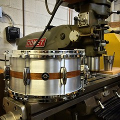 7X14 Aluminum Plate snare drum with a mahogany inlay. Its nights like these that make me proud to be a drum builder. #qdrumco #aluminum #comet