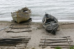 We used to be two forgotten boats stranded on the same empty beach (Cristian Ştefănescu) Tags: sea beach strand boot see boat sand mare blacksea nisip fav25 mareaneagra plajă barcă schwartzesmeer
