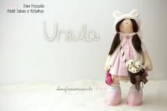 Bonequinha Ursula (Dani_Fressato) Tags: doll artesanato craft boneca patchwork tecido ursos trabalhomanual ursinhos ideias retalhos danifressato