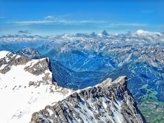 Blick von der Zugspitze (gerdschremer) Tags: alpen alps nature landscape landschaft gebirge mountain zugspitzarena zugspitze