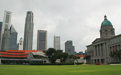 View from The Padang (Tanenhaus) Tags: singapore nationalgallery cricket grounds padang skyscrapers green lawn sports field