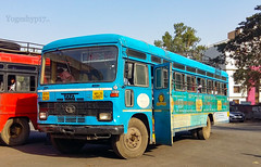Akola - Digras (yogeshyp) Tags: msrtc maharashtrastatetransport msrtcmanavvikasbus msrtcschoolbus digrasdepotbus akoladigrasstbus
