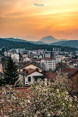 Sunset Quartier St Jacques Clermont-Ferrand (cleostan) Tags: montagnes chaines des puys france auvergne nikon puydedome sky sunset coucher de soleil