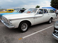 1962 Dodge Dart 330 Wagon