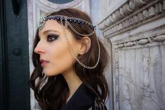 VENEZIA. CAMPO SANTI GIOVANNI E PAOLO. (FRANCO600D) Tags: venezia venedig venice venecia ve laserenissima dama ragazza ritratto profilo gioielli collana