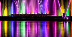 Jeux d'eau et de lumière (jjcordier) Tags: lumière laser jetdeau reflet eau spectacle couleur yonne