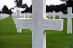 D-Day: Unknown American (Ian E. Abbott) Tags: france film grave memorial war wwii worldwarii normandy dday americansoldiers omahabeach americancemetery collevillesurmer colorfilm colornegative militarycemetery operationoverlord americangraves 6june1944 militarymemorial normandyamericancemeteryandmemorial june6th1944 ddayinvasion normandyamericancemetery militarycemeteries