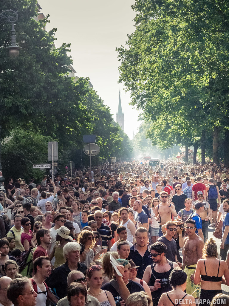 Berlin Karneval der Kulturen Sunday 09 June 2014