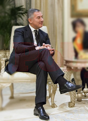 M.I.L.O. D.J.U.K.A.N.O.V.I.C. (ZITTO & GUARDA) Tags: sexy men socks mature calcetines loafers suited sheersocks blacksheersocks