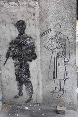 Tbilisi street stencils: HVITT armed (10b travelling) Tags: streetart art georgia soldier graffiti stencil asia europe weapon walkabout caucasus tbilisi sovietunion ussr eurasia sakartvelo kaukasus strassenkunst artdelarue 2013 rustaveli carstentenbrink cmtbstreetart