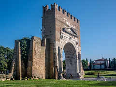 Arco d'Augusto (Davide Bizzocchi) Tags: rome roma monument ancient monumento arc rimini arco augusto