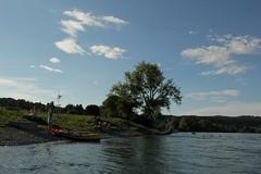 Rhein ( Fluss - River - Hochrhein ) zwischen der E.inmndung der T.hur und der T.ssegg an der Grenze vom Kanton Schaffhausen und Zrich in der Schweiz (chrchr_75) Tags: chriguhurnibluemailch christoph hurni schweiz suisse switzerland svizzera suissa swiss kantonzrich chrchr chrchr75 chrigu chriguhurni 1408 august 2014 hurni140808 august2014 rhein rhin reno rijn rhenus rhine rin strom europa albumrhein fluss river joki rivire fiume  rivier rzeka rio flod ro