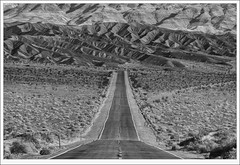 Route 190 - Death Valley NP (tyil.pics) Tags: road blackandwhite bw texture nationalpark layers deathvalley nikond800e