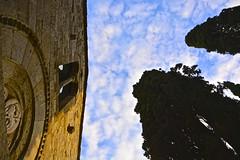 Alzando gli occhi al cielo (Antonio Cinotti ) Tags: sunset italy church clouds nikon italia tramonto nuvole chiesa tuscany siena sangimignano toscana tamron cypresses cipressi cellole d7100 monasterodibose pievedicellole nikond7100
