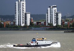 Steven B @ Gallions Reach 11-08-14 (AJBC_1) Tags: uk england storm london weather boat ship unitedkingdom vessel tugboat tug riverthames eastlondon gallionsreach northwoolwich stormyskies newham londonboroughofnewham bennettsbarges ajc dlrblog ajc