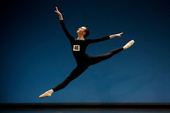 Follow in the footsteps of Royal Ballet dancers: Applications for Genée Ballet Competition 2014 are now open