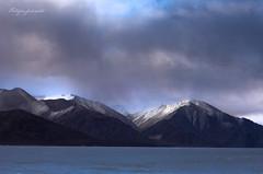 Mountains around Pangong Tso (Motographer) Tags: winter landscape 50mm frozen border tibet himalayas jk ladakh pangongtso motographer spangmik fotografikartz motograffer
