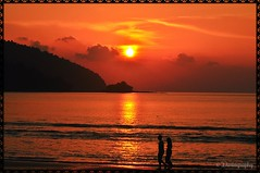 Romantic Sunset (Dartography) Tags: sunset sea seaside romance romanticsunset dartography dhivyask