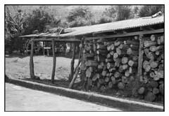 Cobertizo (Eugenio Garca.) Tags: leica kodak trix elmar lea ddx cobertizo v700 iiif 35cm