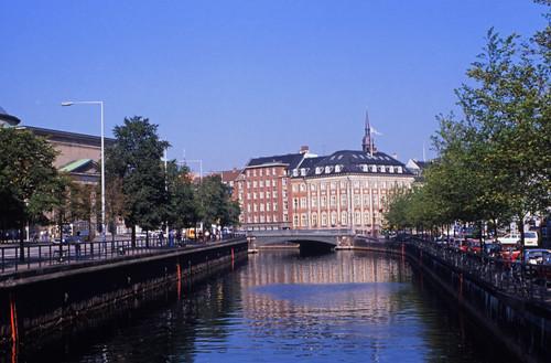 """382DK København Slotsholmen • <a style=""""font-size:0.8em;"""" href=""""http://www.flickr.com/photos/69570948@N04/15136280180/"""" target=""""_blank"""">View on Flickr</a>"""