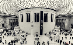 British Museum (_Hadock_) Tags: old wallpaper people panorama white black london museum architecture modern walking photo view britain room united main kingdom panoramic full graded british hd museo walpaper britanico cupule