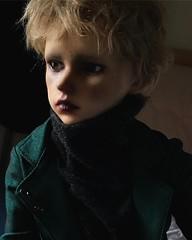 see light.✨ #bjd #leekeworld #joshua (祐木井Yuugii) Tags: instagramapp square squareformat iphoneography uploaded:by=instagram light✨ bjd leekeworld joshua bjdfaceup doll dolls bjds
