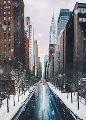 Breaking the Ice (Aleks Ivic) Tags: winterstormstella winter storm winterstorm newyorkcity nyc ny newyork manhattan midtownmanhattan snow snowfall snowstorm