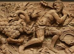 avec l'hydre (canecrabe) Tags: museum pin muse frise renaissance travaux andalousie hercule mythologie velezblanco lerne hydre