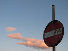 IMG_5106 (pietro.iurilli) Tags: pinkclouds cieloazzurro segnideltempo