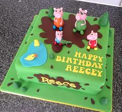 Peppa Pig & Family Cake