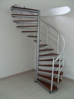 Helezon merdiven Dar alan için