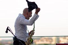 Cris Cosmo (mattrkeyworth) Tags: people music zeiss germany deutschland bavaria band musik knoll würzburg weingutamstein a7r sal135f18z criscosmo hoffestamstein sonnart18135 weinamstein laea3 sonya7r ilce7r sal135f18za7r laea3a7r