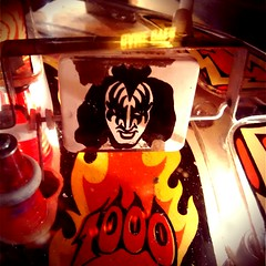Gene, Bally's Kiss Pinball Machine