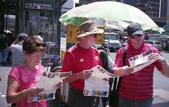 (David Chee) Tags: street nyc newyork film analog zeiss canal chinatown fuji superia maps tourist tourists contax 400 carl fujifilm t2 sonnar