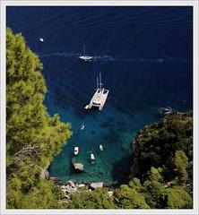 Isola di Capri (Ruud Onos) Tags: climb naples vesuvio vulcano npoles neapel golfodinapoli regalprincess isoladicapri mountvesuvio portofnaples golfvannapels vulcanovesuvio ruudonos climbtovulcanovesuvio havenvannapels