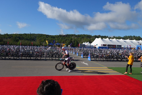 IRONMAN 70.3 Mont-Tremblant - suited rider