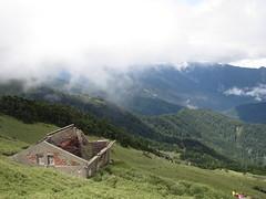 IMG_0891 (Shane Cheng) Tags: cloud fog taiwan peak east   heavenonearth   hehuanshan 3421  3421m       3421