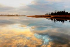 Wolken (Wunderlich, Olga) Tags: spiegelung reflexionen boot fischer rügen insel mecklenburgvorpommern deu landschaft natur naturaufnahme landscape schilf