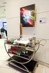 Drinks cart (A. Wee) Tags: deltaairlines 达美航空 skyclub airport lounge 机场 lax losangeles 洛杉矶 california 加州 usa america 美国 cart beverage drink
