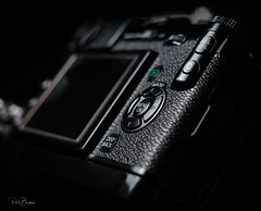 Fuji X-Pro 1 (StoneAgeKid) Tags: fujixpro1 leuthard strap box