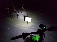 Lightreflections at the map (GeirB,) Tags: varanger finnmark nordnorge vadso vadsø norway 70north sweethelmet fatbike moonlight outdoor garmin gekkobikes