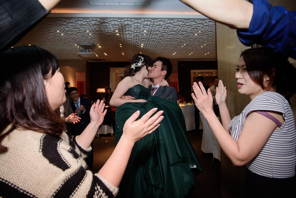 wedding day,婚攝小勇,台北婚攝,晶華,台北國賓,台北國賓婚宴 ,愛瑞思,Miko,新秘,-099