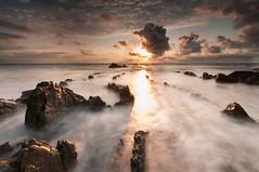 Sunset (BIZKAIA) (Jonatan Alonso) Tags: longexposure sunset sea beach landscape