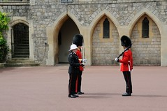 Img408688nx2_conv (veryamateurish) Tags: army military windsor british windsorcastle changingoftheguard grenadierguards oldguard footguards householddivision royalmarines changingtheguard newguard royalmarinecorps