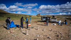 Наш палаточный лагерь на озере Манасаровар в Тибете